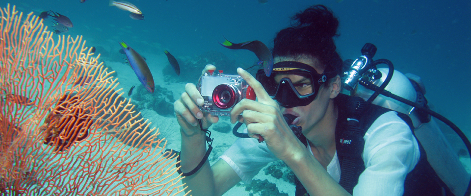 Rent an underwater digital camera on Koh Lipe